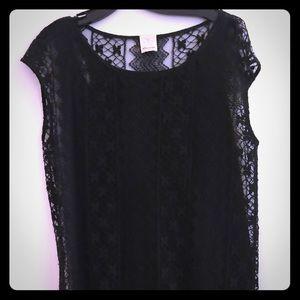 Ella Moss black lace top